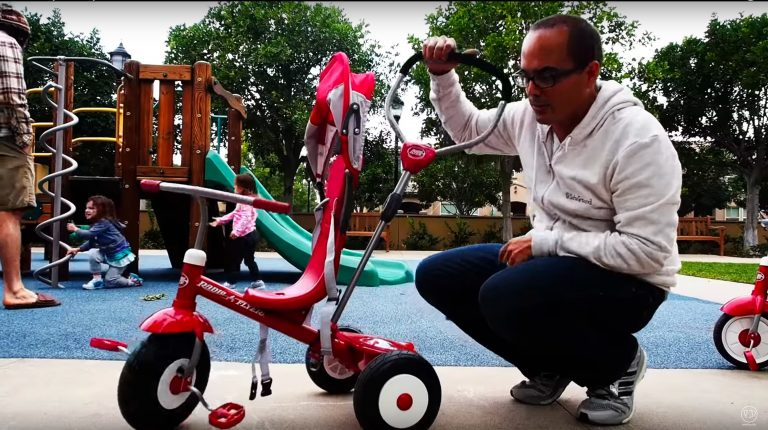 Radio Flyer Tricycle Review Video